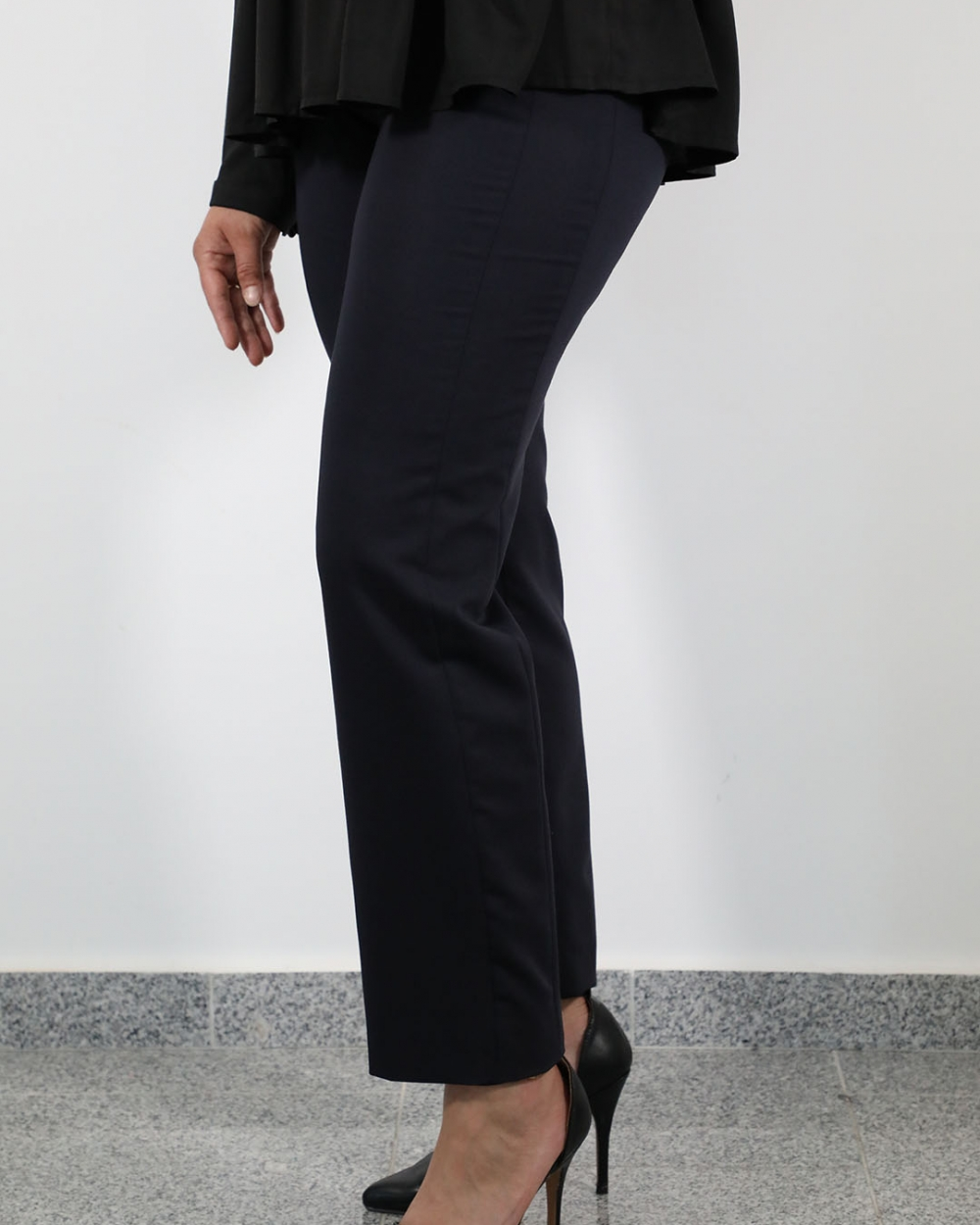 Bluza Mira Crna - Hlače Leona